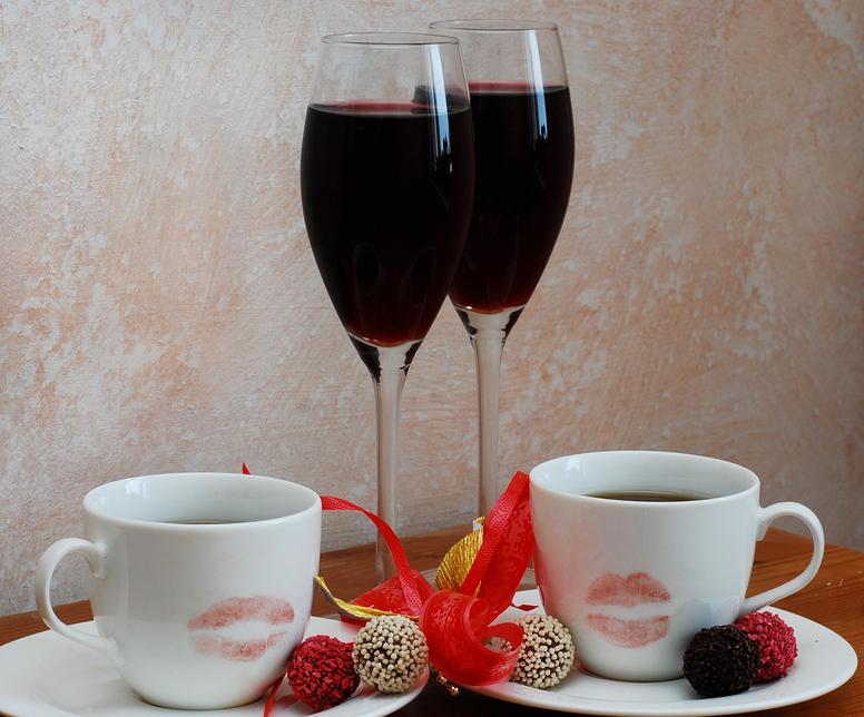 Clubes de Vinho e Café na moda