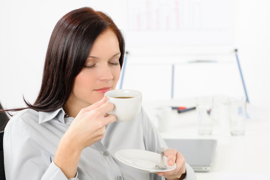 saboreando um café gourmet