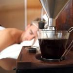 Designer cria despertador que te acorda e faz o café