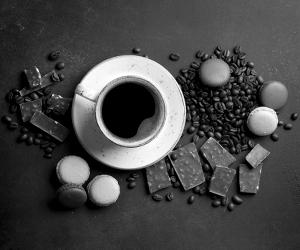 Café + Chocolate